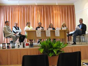 """Presentación en la jornada literaria """"La novela, un recurso inestimable para el ser humano"""" en Astudillo, Palencia."""